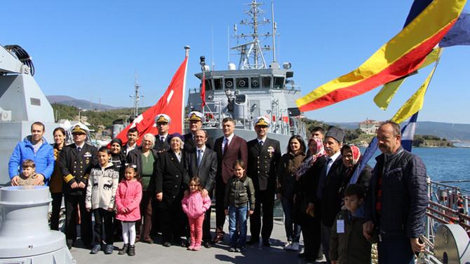 Askeri gemiler ziyarete açıldı