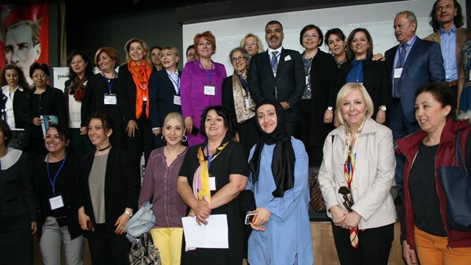 Daha güçlü ekonomi için kadınların iş hayatına katılımı şart