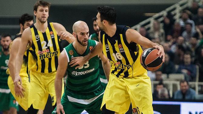 Fenerbahçe, play-off serisine Yunanistan'da başlıyor