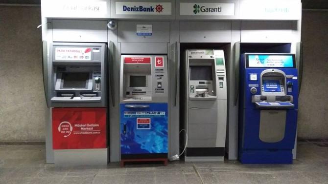 İstanbul metrosuna ATM'ler tekrar yerleştirildi
