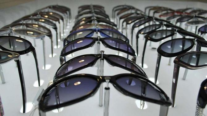 Gözlük ithalatına ek vergi uygulanacak