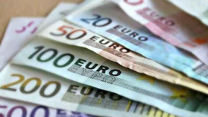 AB'de 100 euroluk ürün Türkiye'de 60 euro