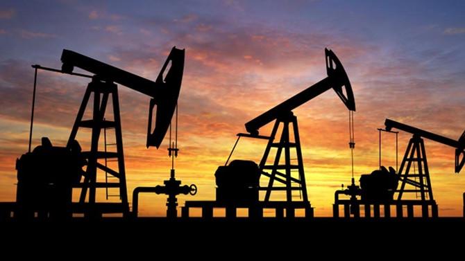 Petrolde düşüş eğilimi sürüyor