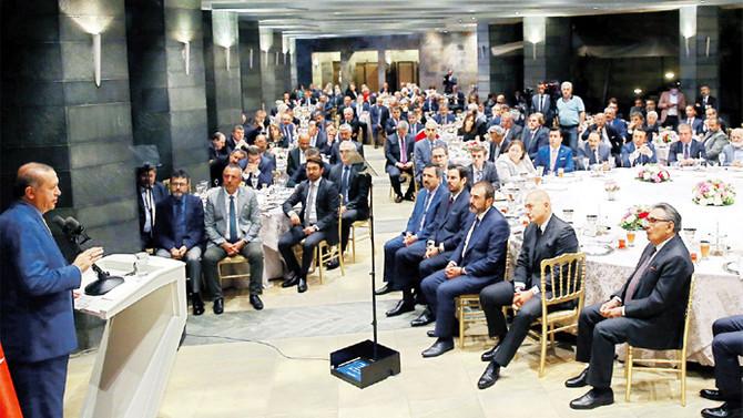 Erdoğan: Türkiye 2017'de yüzde 5'in üzerinde büyüyecektir