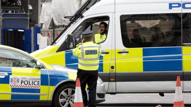 İngiltere'de kalabalığa dalan sürücü kontrolünü kaybetmiş
