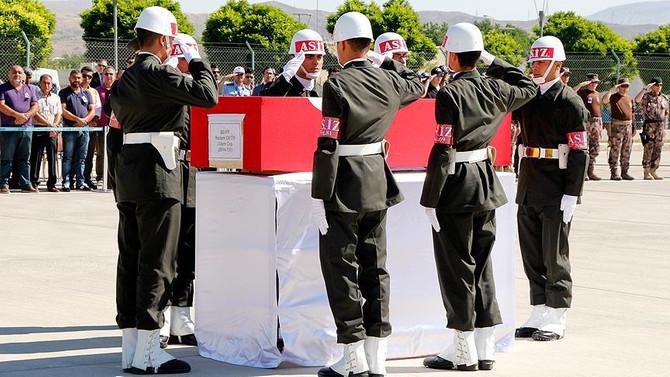 Şehit Çetin için tören düzenlendi