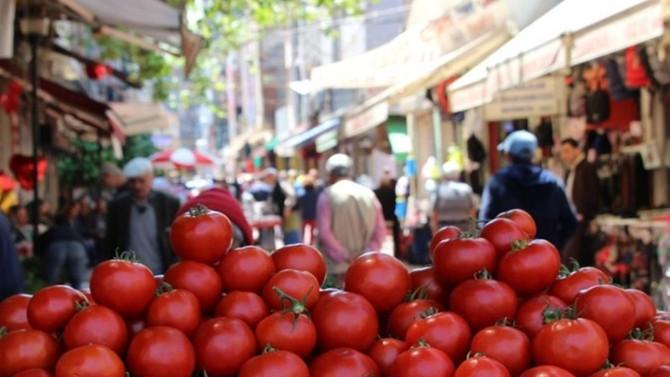 Türk-İş: Gıda fiyatları düştü, yoksulluk sınırı geriledi