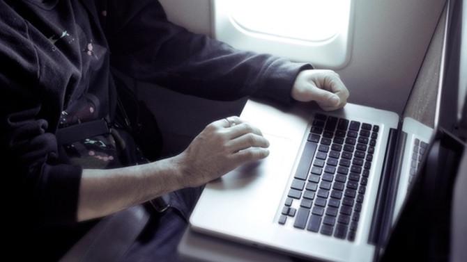 Laptop yasağı rafa kalkabilir