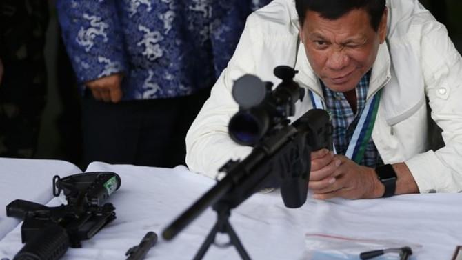 Çin'den Filipinlere 7.3 milyon dolarlık silah yardımı