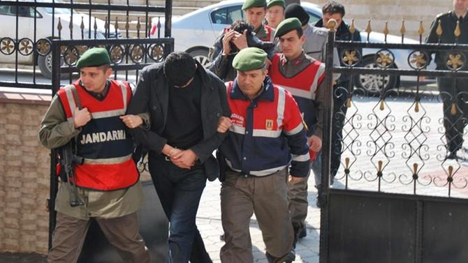 35 muvazzaf jandarma personeli gözaltında