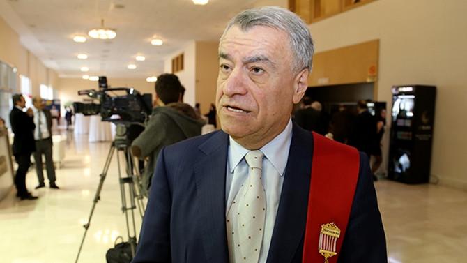 Azeri bakan İstanbul'da öldü