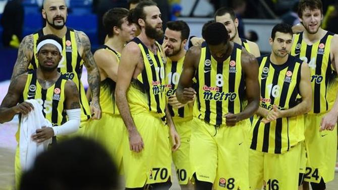 Fenerbahçe, seride öne geçti