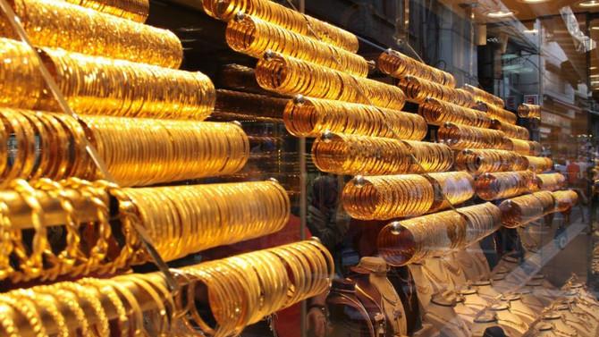 Altın 140 liranın üzerinde dengelendi
