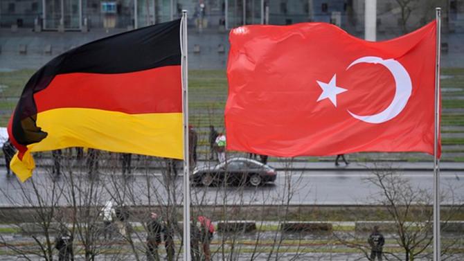 Türkiye'den Alman vekillere ret