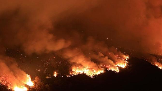 Kanada'daki orman yangını büyüyerek devam ediyor