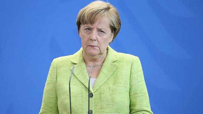 Merkel: Kuzey Kore konusunda askeri çözüm beklemiyorum