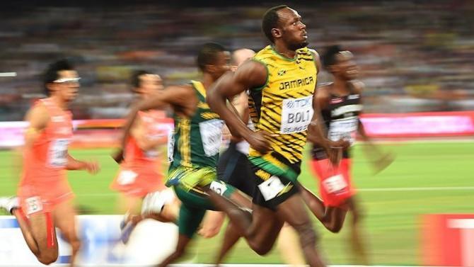 Usain Bolt üçüncülükle veda etti