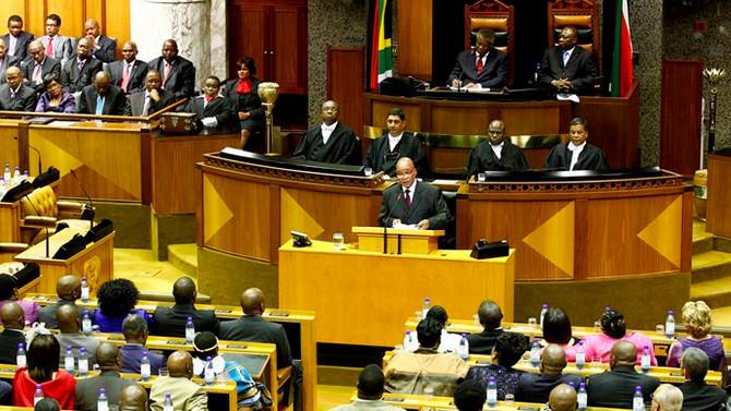 Güney Afrika'da kritik oylama