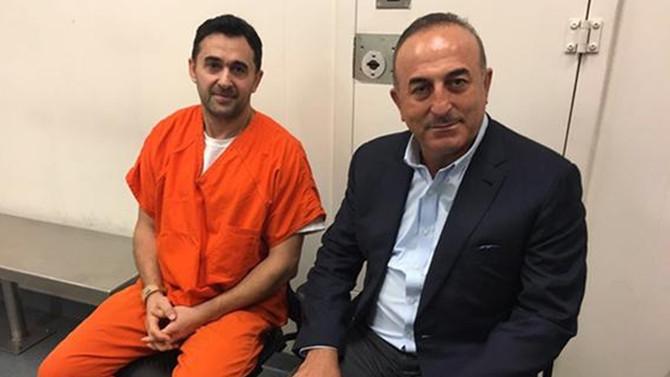 Çavuşoğlu, Washington'da tutuklu 2 Türk'ü ziyaret etti