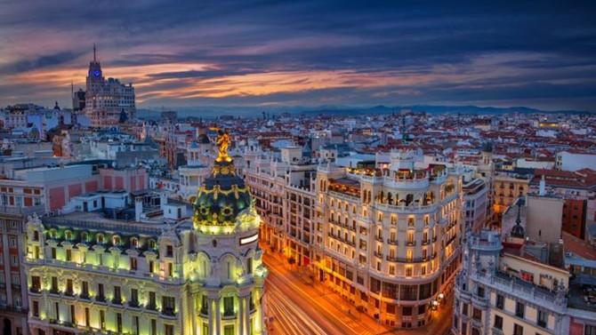 İspanya turist sayısında ABD'yi geride bıraktı
