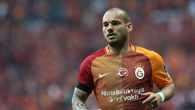 Sneijder'dan transfer açıklaması