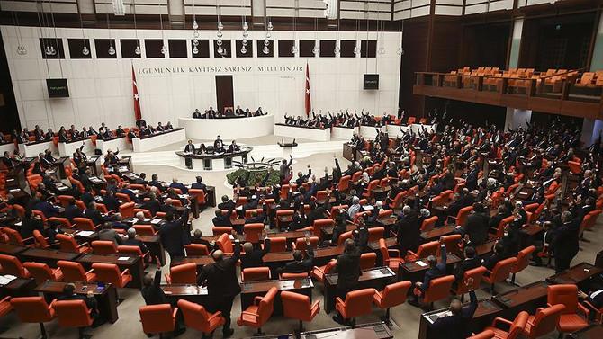 Meclis, çalışmalarına yeniden başlıyor