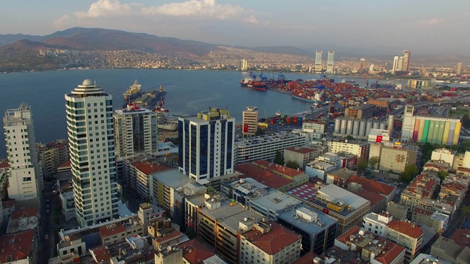 'İzmir'in yaşam kalitesi İstanbul'dan yüzde 12 yüksek
