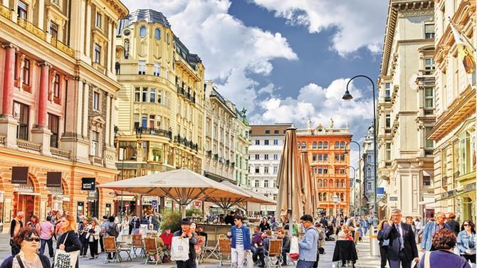 İçinden çıkmak istemeyeceğiniz bir açık hava müzesi: Viyana
