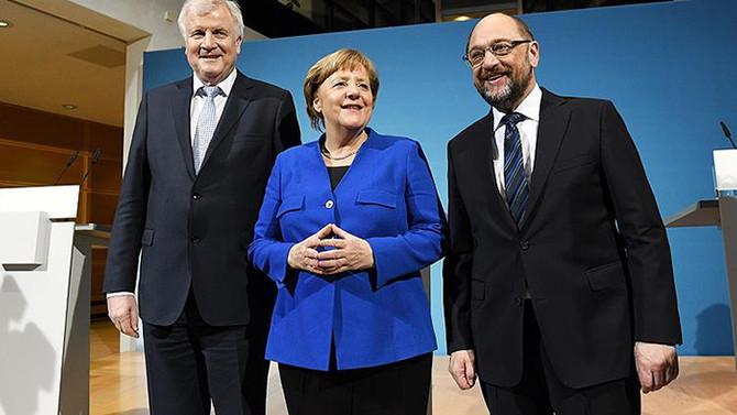 Almanya'da koalisyon taslağında vize serbestisi vurgusu