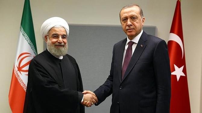 Erdoğan, İran Cumhurbaşkanı Ruhani ile Suriye'yi konuştu