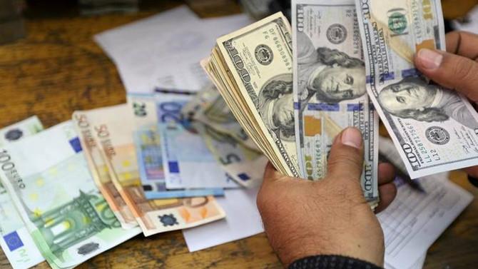Euro 4.77'yi, dolar 3.87'yi aştı
