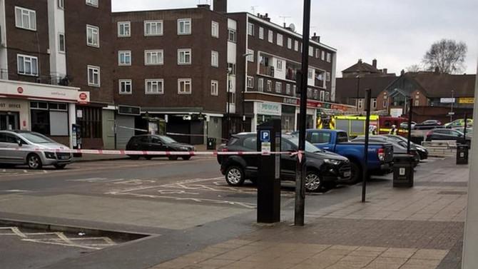 Londra'da bir binada patlama meydana geldi