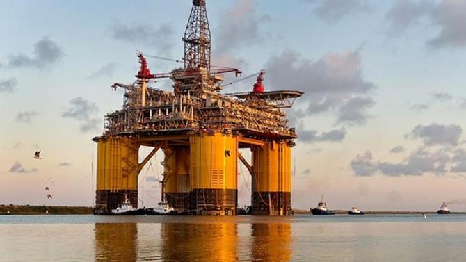 Shell, Akdeniz'deki gaz geliştiricileriyle görüşüyor