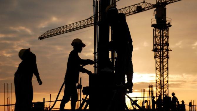 Müteahhitler yurtdışında işçi çalıştırmaktan vazgeçti