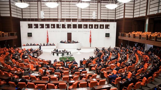 Meclis yeni başkan gündemiyle açılıyor