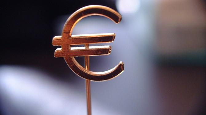Bulgaristan ve Hırvatistan euro kuyruğunda