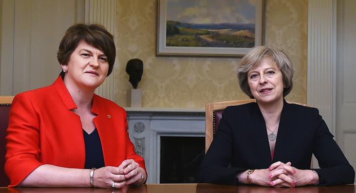 Birleşik Krallık'ta azınlık hükümeti kuruldu