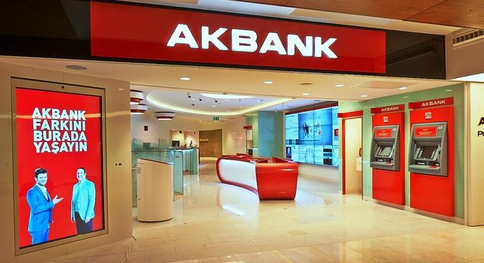 Akbank'ın net kârı beklentiyi aştı