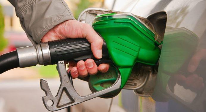 Benzin satışları temmuzda yüzde 7 arttı