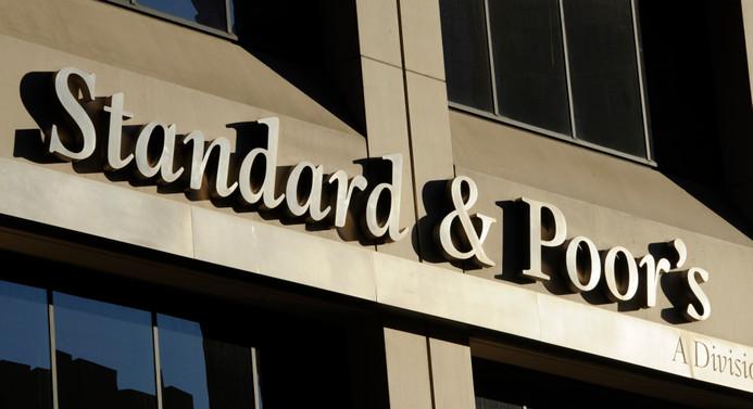 S&P, Çin'in kredi notunu düşürdü