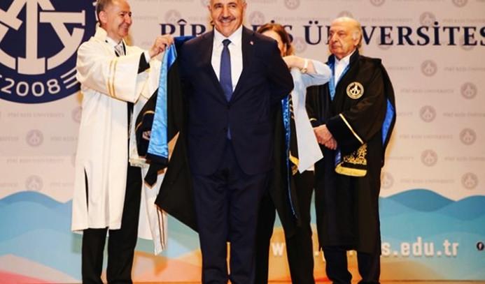 Ulaştırma Bakanı Arslan'a fahri doktora
