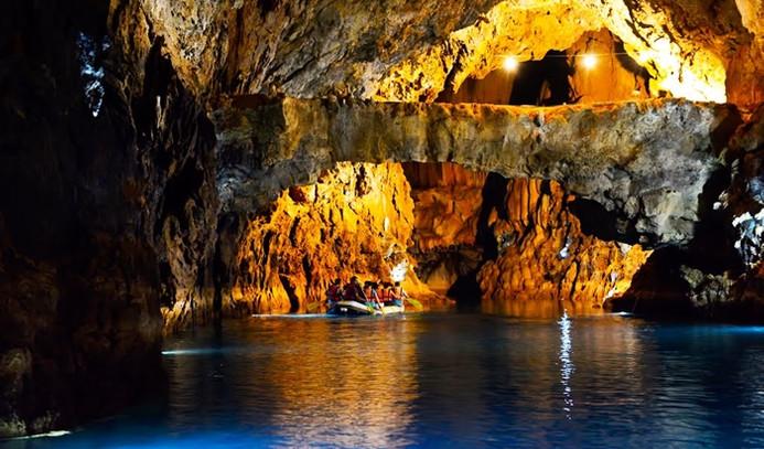 Antalya Senfoni Orkestrası'ndan mağarada konser