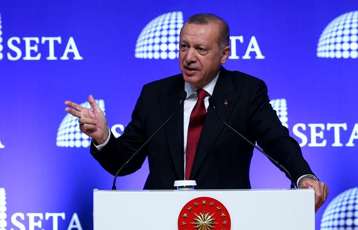 Erdoğan'dan 'iPhone-Samsung'lu mesaj:                                                                                         'ABD ürünleri'ni boykot edeceğiz