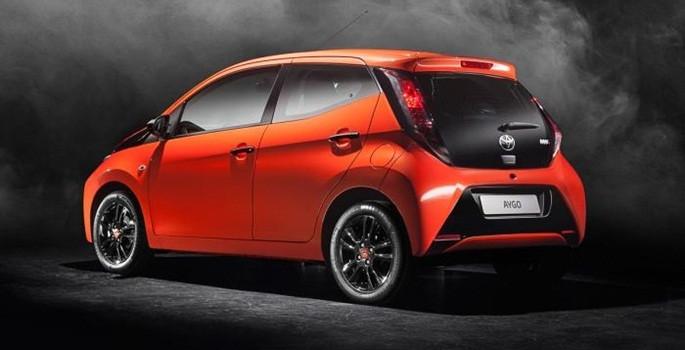 Yeni otomobiller Cenevre'de tanıtıldı