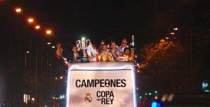 İspanya'nın Kralı Real Madrid - Sayfa 1