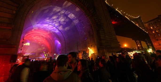 Işık Festivali renkli görüntülere sahne oldu