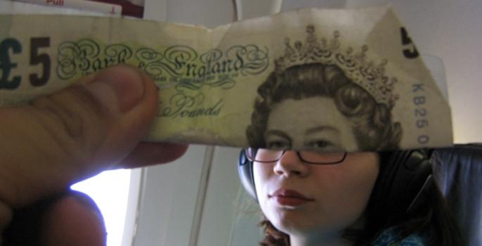 Paralara böyle yüz verdiler