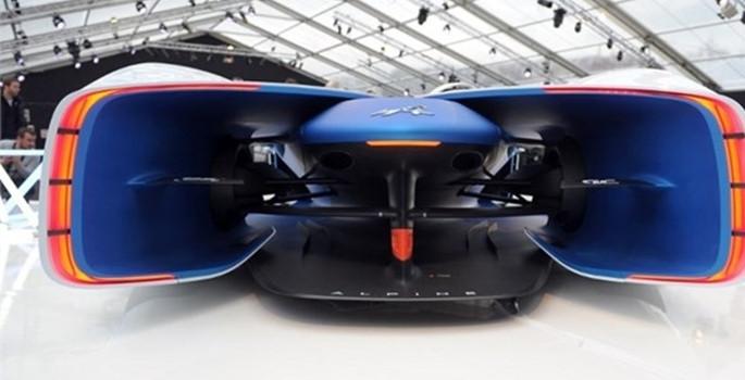 Geleceğin otomobilleri görücüye çıktı - Sayfa 1