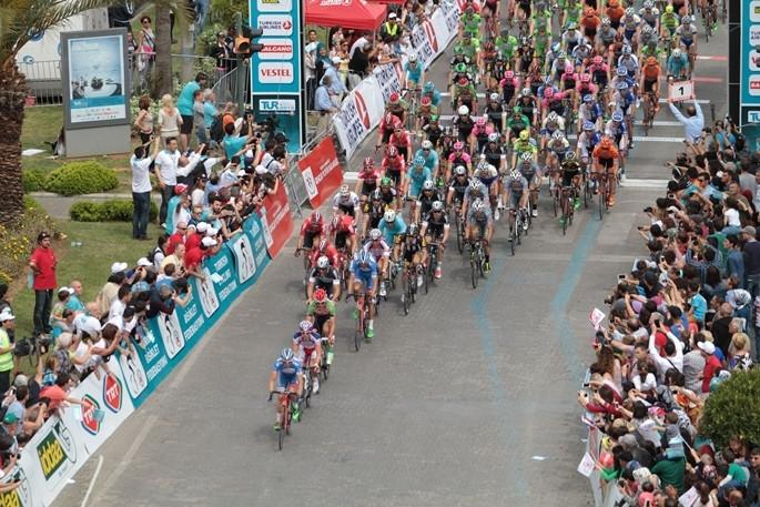 İlk turun galibi Cavendish oldu