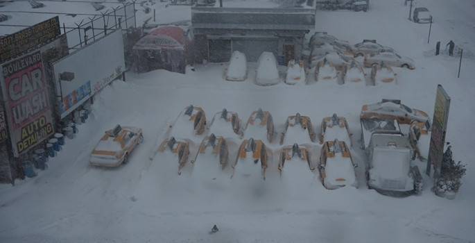 ABD kar fırtınasına teslim oldu